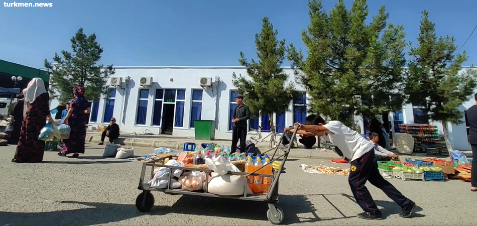 Turkmenistan: Harsh Childhood in the State of Happiness. A turkmen.news film about child labor